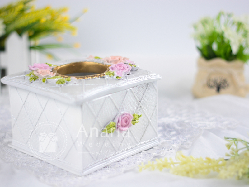 Souvenir Tea Rose Tissue Box