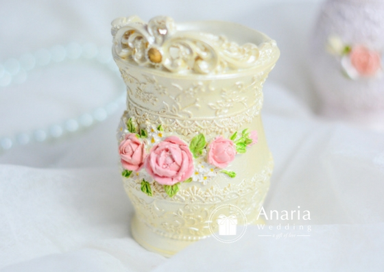 Souvenir Resin Crown Flower Vase