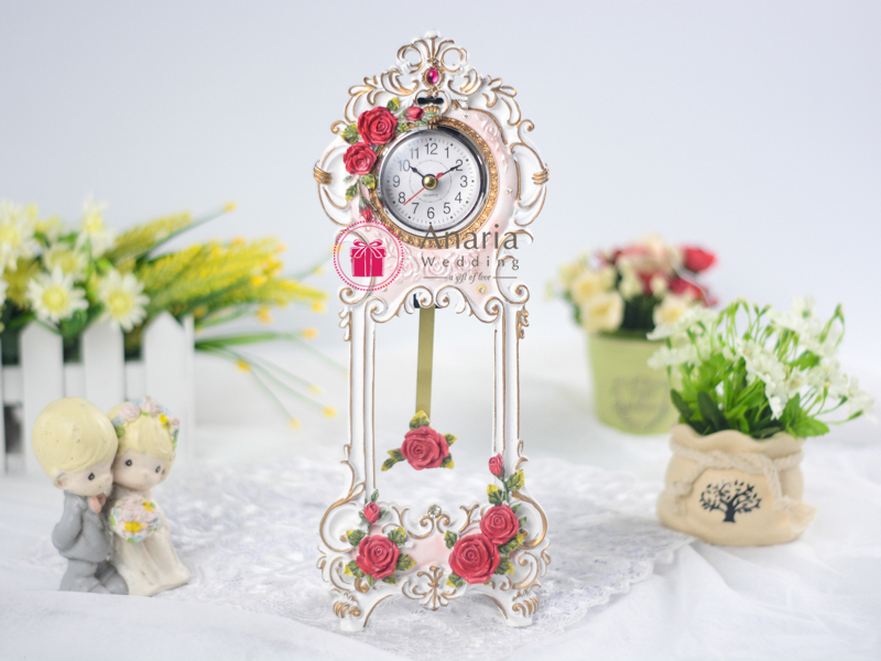 Souvenir Pernikahan Tic Toc Exclusive Table Clock